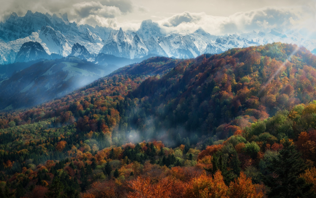 2000x1250 pix. Wallpaper mountains, forest, fall, mist, trees, nature, landscape, Alps, snowy peak, clouds, sun rays, morning