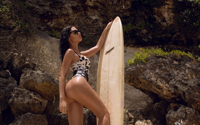 2048x1365 pix. Wallpaper women, brunette, sunglasses, monokini, ass, tanned, surfboards, surfing