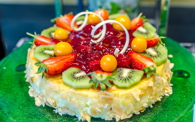 2048x1356 pix. Wallpaper dessert, cake, fruits, kiwi, strawberry, food
