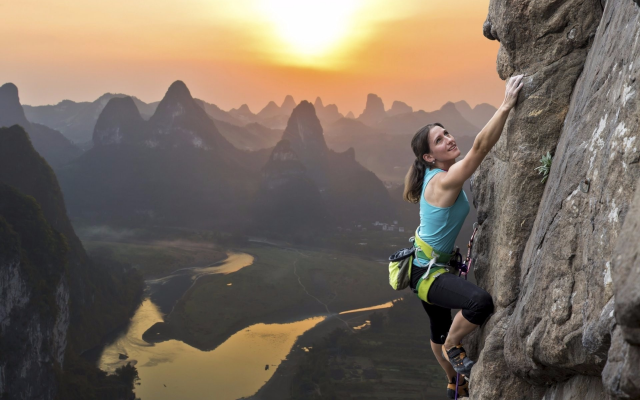 1920x1282 pix. Wallpaper rock climbing, china, women, extreme, sport, mountains, sunsey, nature,