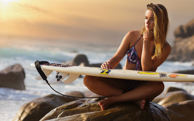 1920x1280 pix. Wallpaper women, surfing, sea, ocean, bikini, sitting, rovks, shore, beach, surfboard