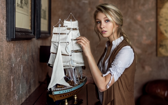2048x1368 pix. Wallpaper girl, model, blonde, alisa tarasenko, ship, women