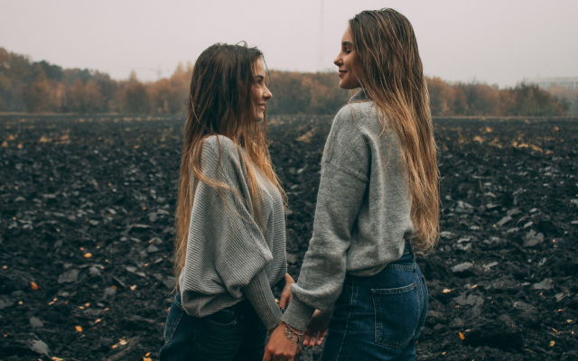 2560x1707 pix. Wallpaper women, girl, long hair, mood, field, autumn, smiling, sweater