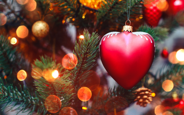 5162x3648 pix. Wallpaper holidays, new year, christmas, spruce, heart, bokeh, cones, fur