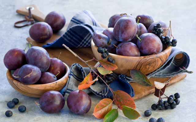2000x1309 pix. Wallpaper fruit, food, plums, plum