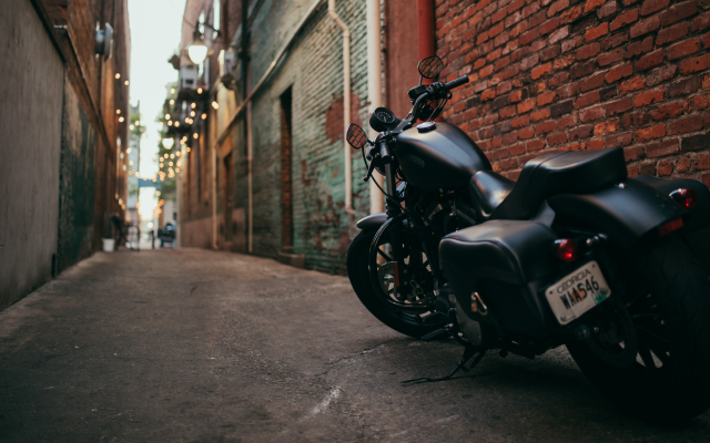 3840x2160 pix. Wallpaper motorcycle, street, city, harley-davidson, bike