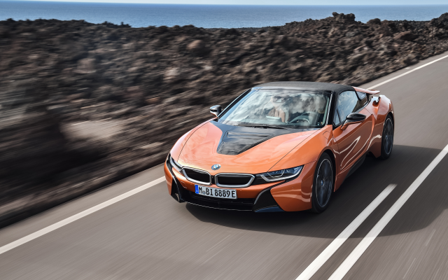 4096x2304 pix. Wallpaper 2018 bmw i8 roadster, bmw i8, cars, bmw, orange car