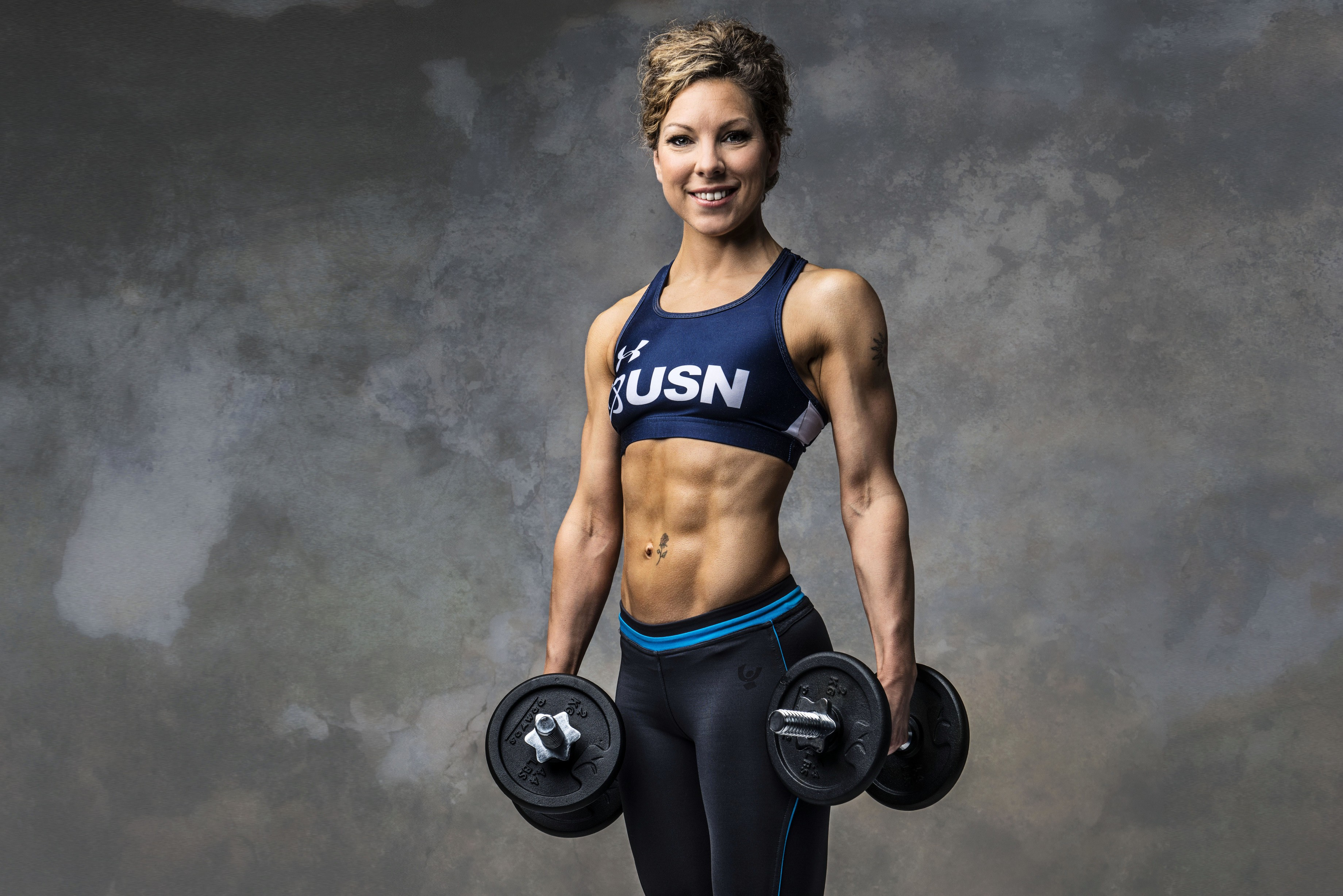 Download 3680x2456 Claire Boyle Midwife Breastfeeding Women Fitness Weightlifting Smiling Gym Wallpapers