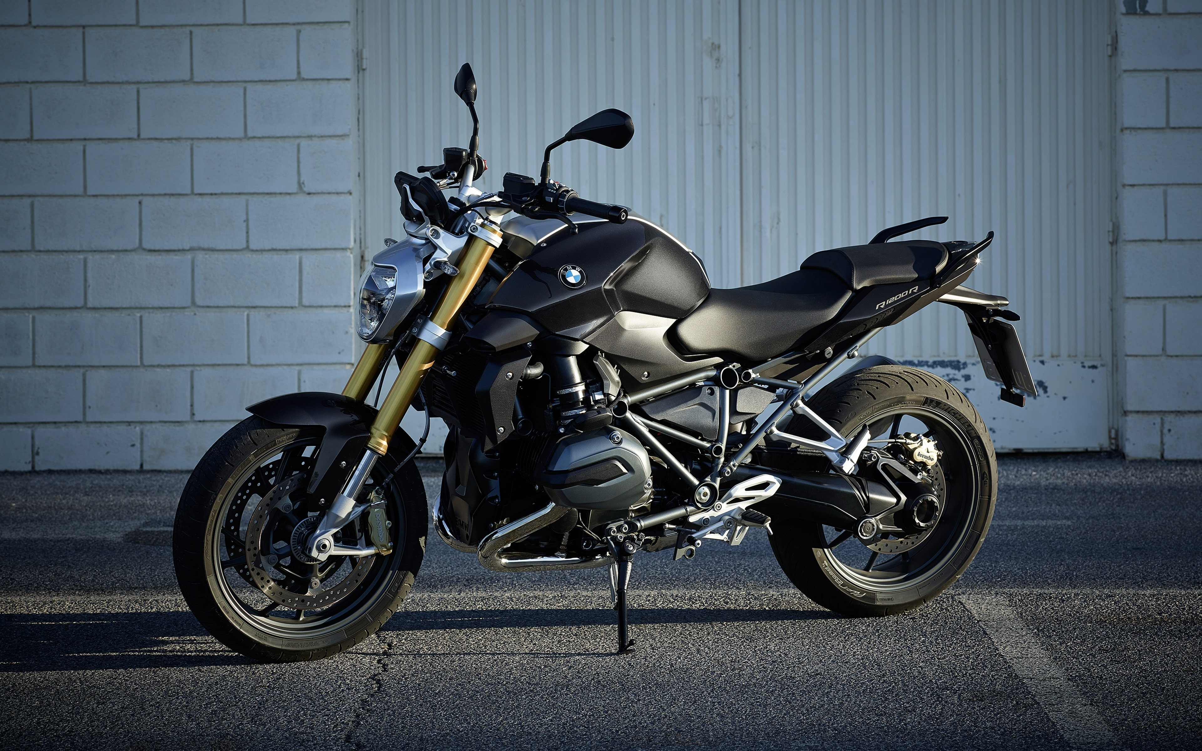 4677 Extraordinary Bmw R 1200 R Street Fighter Cars Trend