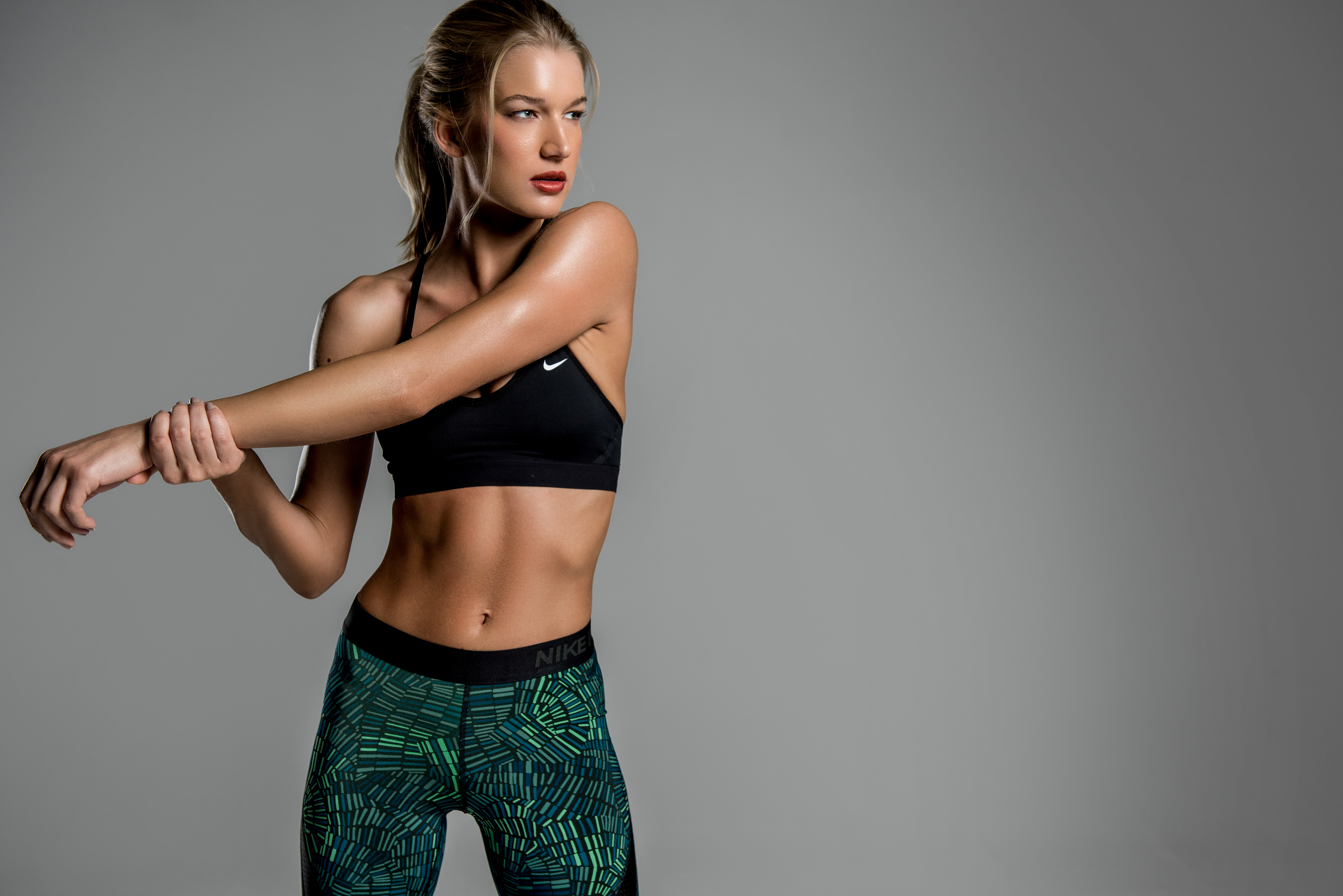 Wallpaper Krista Girl Sports Clothes Hands Sport Women