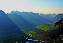 landscape, nature, sunrise, mountain, mist, valley, river, field, sun rays, Vietnam wallpaper