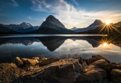nature, landscape, Glacier National Park, lake, reflection, sunset, mountain, sun rays, clouds, wate wallpaper