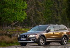 Volvo XC70, Volvo, car, forest wallpaper