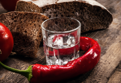 vodka, pepper, tomatoes, bread, food wallpaper