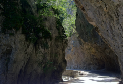 road, Bulgaria, Yagodina, rock, river, road, Bulgaria, Yagodina, river, cave wallpaper