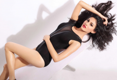 amyra dastur, actress, celebrity, bollywood, brunette, swimsuit, women wallpaper