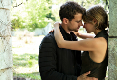 allegiant, movies, shailene woodley, tris, theo james,four, girl, boyfriend, relationship, hug, tenderness, couple, women wallpaper