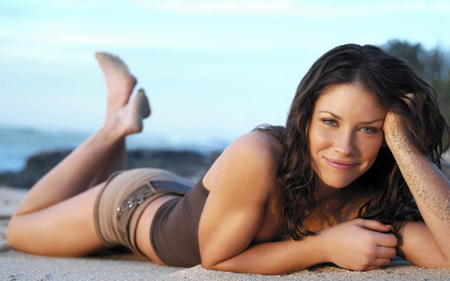 1920x1200 pix. Wallpaper Evangeline Lilly, women, brunette, green eyes, smiling, beach, shorts, smile