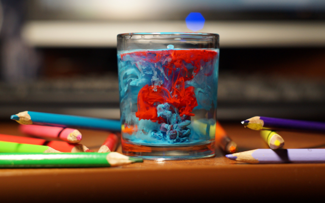 2880x1800 pix. Wallpaper table, glass, water, pencils, paint splatter, colorful, depth of field, photography, bokeh