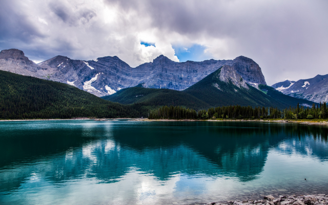 2500x1563 pix. Wallpaper Alberta, Canada, nature, landscape, lake, reflections, mountains, clouds, water