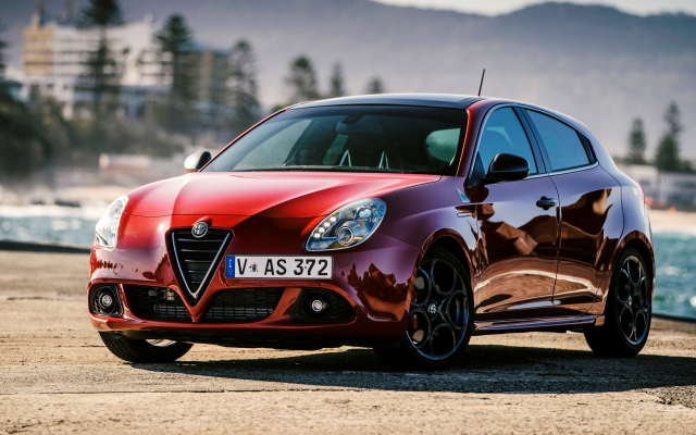 Wallpapers 2015 Alfa Romeo Giulietta Quadrifoglio Verde Au
