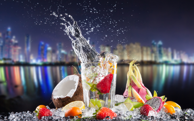 6000x3829 pix. Wallpaper cocktail, fruits, coconut, lemon, splash, glass, city