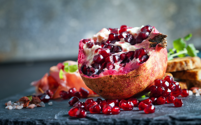 5327x3551 pix. Wallpaper pomegranate, grains, fruits, food