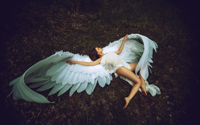 2000x1333 pix. Wallpaper angel, photo, creative, women, legs