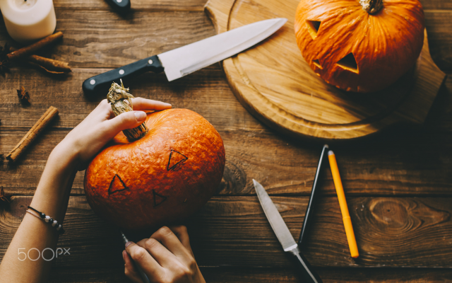 2048x1357 pix. Wallpaper halloween, pumpkin, holidays, knife