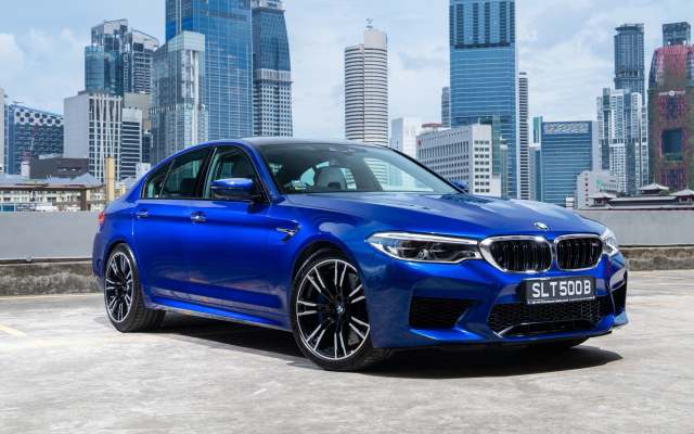 2880x1800 pix. Wallpaper bmw m5 sedan, blue car, bmw m5, bmw, cars, city
