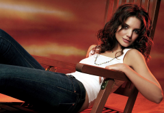 Katie Holmes, women, brunette, white tops, jeans, sitting, necklace wallpaper