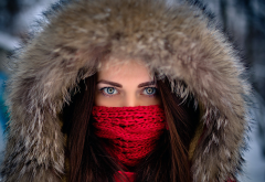 women, outdoors, face, red scarf, eyes, winter, fur hood wallpaper