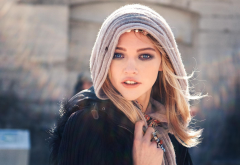 Sasha Pivovarova, women, blonde, blue eyes, model, scarf, face wallpaper