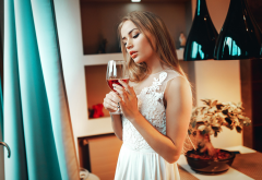 women, wine glass, white dress, standing, juicy lips wallpaper