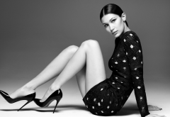 monohrome, bella hadid, celebrities, models, legs, brunette, wpmen, high heels wallpaper