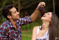 girl, man, grapes, bunch, women, smiling, brunette, couple wallpaper